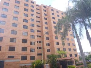 Apartamento En Venta En Caracas, Colinas De La Tahona, Venezuela, VE RAH: 16-18109