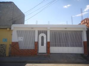 Casa En Venta En Barquisimeto, Parroquia Union, Venezuela, VE RAH: 16-18122