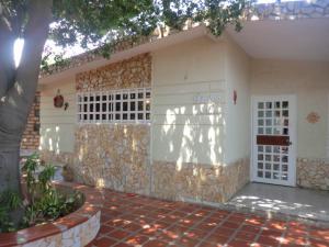 Casa En Venta En Municipio San Francisco, La Coromoto, Venezuela, VE RAH: 16-18115