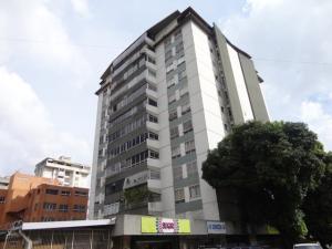 Apartamento En Venta En Caracas, Santa Eduvigis, Venezuela, VE RAH: 16-18103