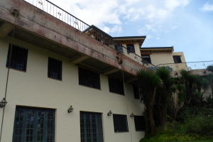 Casa En Venta En Caracas, La Lagunita Country Club, Venezuela, VE RAH: 16-18097