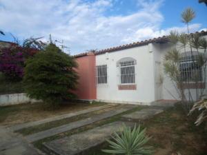 Casa En Venta En Cabudare, Los Cerezos, Venezuela, VE RAH: 16-18098