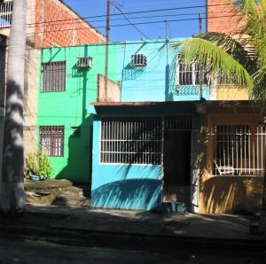 Casa En Venta En Maracay, Caña De Azucar, Venezuela, VE RAH: 16-18102