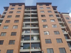 Apartamento En Venta En Caracas, Colinas De La Tahona, Venezuela, VE RAH: 16-18144