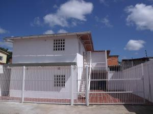 Apartamento En Venta En Ciudad Bolivar, La Sabanita, Venezuela, VE RAH: 16-18132