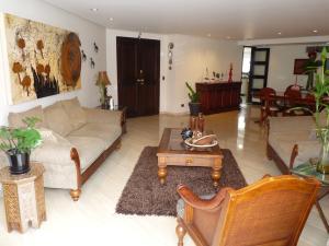 Apartamento En Venta En Caracas En La Castellana - Código: 16-18140