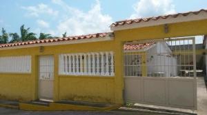 Casa En Venta En Higuerote, Higuerote, Venezuela, VE RAH: 16-18147