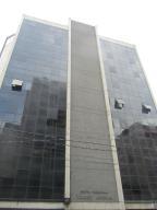 Local Comercial En Alquiler En Caracas, El Recreo, Venezuela, VE RAH: 16-18169