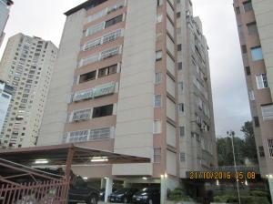 Apartamento En Venta En Caracas, Santa Fe Norte, Venezuela, VE RAH: 16-18280