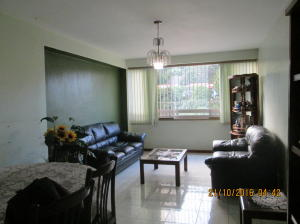 Apartamento En Venta En Caracas - Santa Fe Norte Código FLEX: 16-18280 No.2