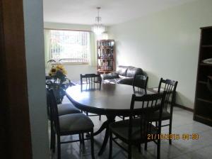 Apartamento En Venta En Caracas - Santa Fe Norte Código FLEX: 16-18280 No.4
