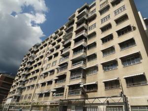 Apartamento En Venta En Caracas, Bello Campo, Venezuela, VE RAH: 16-18184