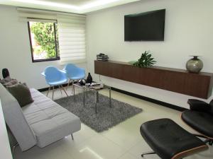 Apartamento En Venta En Caracas - Los Chorros Código FLEX: 16-18187 No.7
