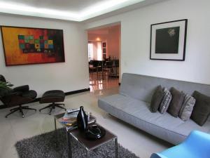 Apartamento En Venta En Caracas - Los Chorros Código FLEX: 16-18187 No.8