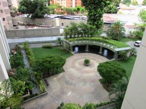 Apartamento En Venta En Caracas - Los Chorros Código FLEX: 16-18187 No.12