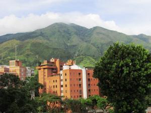 Apartamento En Venta En Caracas - Los Chorros Código FLEX: 16-18187 No.13