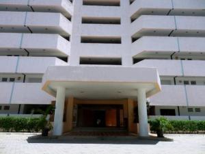 Apartamento En Venta En Higuerote, Agua Sal, Venezuela, VE RAH: 16-18220