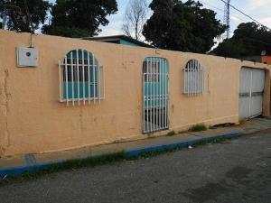 Casa En Venta En Cabudare, Parroquia Cabudare, Venezuela, VE RAH: 16-18259