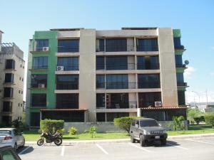 Apartamento En Venta En Guatire, El Refugio, Venezuela, VE RAH: 16-18285