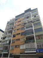 Apartamento En Venta En Caracas, Los Palos Grandes, Venezuela, VE RAH: 16-18287