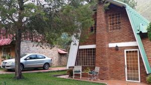 Casa En Venta En La Puerta, Valle Verde, Venezuela, VE RAH: 16-18292