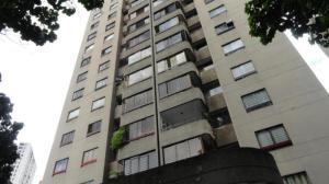 Apartamento En Venta En Caracas, Lomas Del Avila, Venezuela, VE RAH: 16-18311