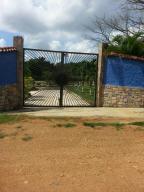 Terreno En Venta En Valencia, Sabana Del Medio, Venezuela, VE RAH: 16-18313