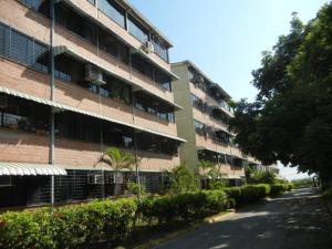 Apartamento En Venta En Guarenas, Ciudad Casarapa, Venezuela, VE RAH: 16-18314