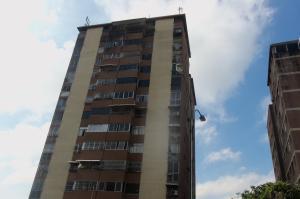 Apartamento En Venta En Caracas, El Marques, Venezuela, VE RAH: 16-18648