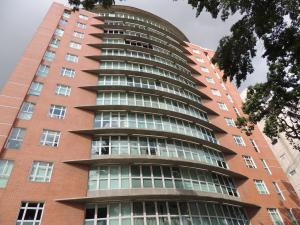 Apartamento En Venta En Caracas, El Rosal, Venezuela, VE RAH: 16-18363
