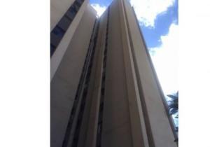 Apartamento En Ventaen San Antonio De Los Altos, Las Salias, Venezuela, VE RAH: 16-18373