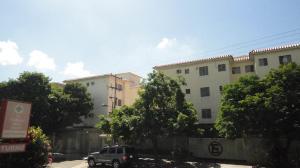 Apartamento En Venta En Municipio Naguanagua, La Granja, Venezuela, VE RAH: 16-18425