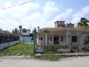 Casa En Venta En Chichiriviche, Playa Norte, Venezuela, VE RAH: 16-18389