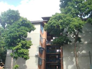 Apartamento En Venta En Guarenas, Nueva Casarapa, Venezuela, VE RAH: 16-18713