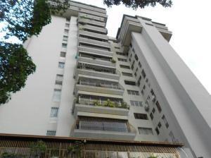 Apartamento En Venta En Caracas, La Urbina, Venezuela, VE RAH: 16-18483