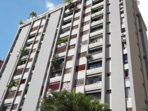 Apartamento En Venta En Caracas, Terrazas Del Club Hipico, Venezuela, VE RAH: 16-18488