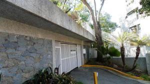 Apartamento En Venta En Caracas, Colinas De Bello Monte, Venezuela, VE RAH: 16-18486
