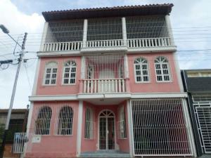 Casa En Venta En Turmero, Los Overos, Venezuela, VE RAH: 16-18574