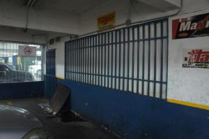 Local Comercial En Alquiler En Caracas, El Cafetal, Venezuela, VE RAH: 16-18500
