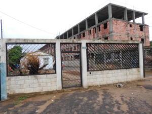 Terreno En Venta En Maracaibo, Los Claveles, Venezuela, VE RAH: 16-18501