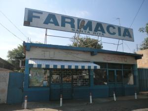Local Comercial En Venta En Municipio San Francisco, El Silencio, Venezuela, VE RAH: 16-18512