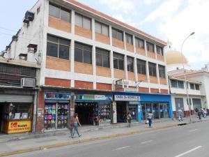 Oficina En Venta En Maracay, El Centro, Venezuela, VE RAH: 16-18530