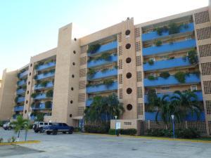 Apartamento En Venta En Boca De Aroa, Boca De Aroa, Venezuela, VE RAH: 16-18551