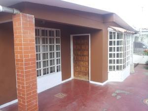 Casa En Venta En Barquisimeto, Fundalara, Venezuela, VE RAH: 16-18555