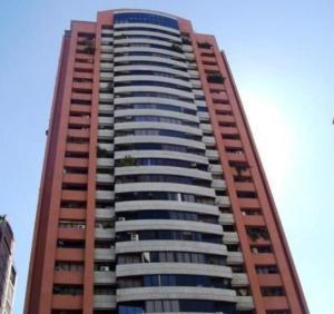 Apartamento En Venta En Caracas, La Florida, Venezuela, VE RAH: 16-18565