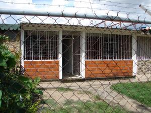 Casa En Venta En Cagua, Prados De La Encrucijada, Venezuela, VE RAH: 16-18597