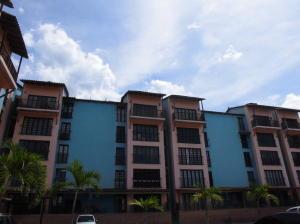 Apartamento En Alquiler En Parroquia Caraballeda, La Llanada, Venezuela, VE RAH: 16-18637
