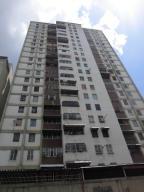 Apartamento En Venta En Caracas, Parroquia La Candelaria, Venezuela, VE RAH: 16-18638