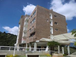 Apartamento En Venta En Caracas, Los Naranjos Del Cafetal, Venezuela, VE RAH: 16-18646