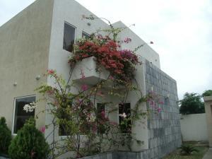 Casa En Venta En Higuerote, Puerto Encantado, Venezuela, VE RAH: 16-18654